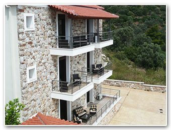 Labetia Apartments - Petries Evia